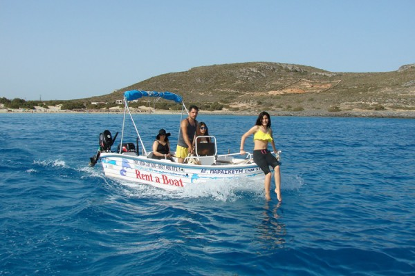 boat18C85F2BAB-BC9C-A1E9-9057-D35D8D74E0E4.jpg
