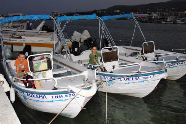 boat5AD8DE3A9-0E8C-C580-661A-85F6FB1C28A4.jpg