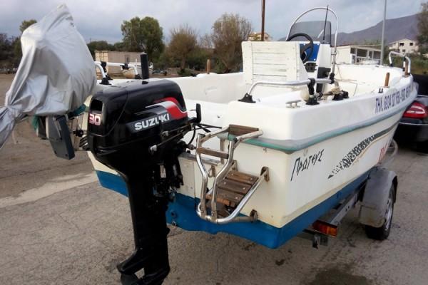 boat281ED9507-F9A4-3F4F-0182-3EF76200ED91.jpg