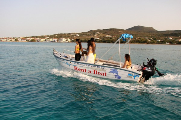 boat11EFEC8726-210F-D1D6-747F-E4DFC124FF7B.jpg